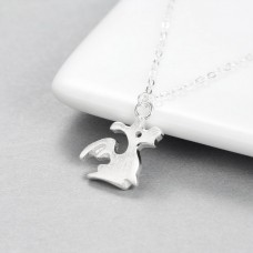 Wholesale Simple Style 925 Sterling Silver Cute Flying Dragon Necklace