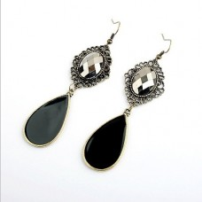 Retro Water Drop Earrings