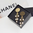 New fashion style imitation pearl tassel earrings anti-allergic metal stud dangling earrings